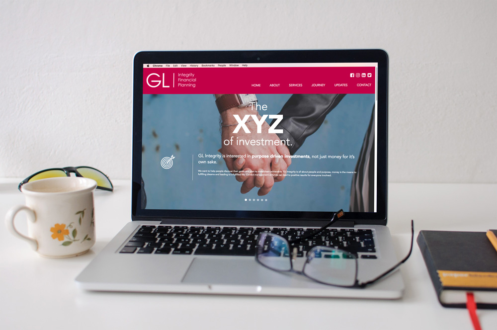 Investments-marketing-macbook-blog-xyz